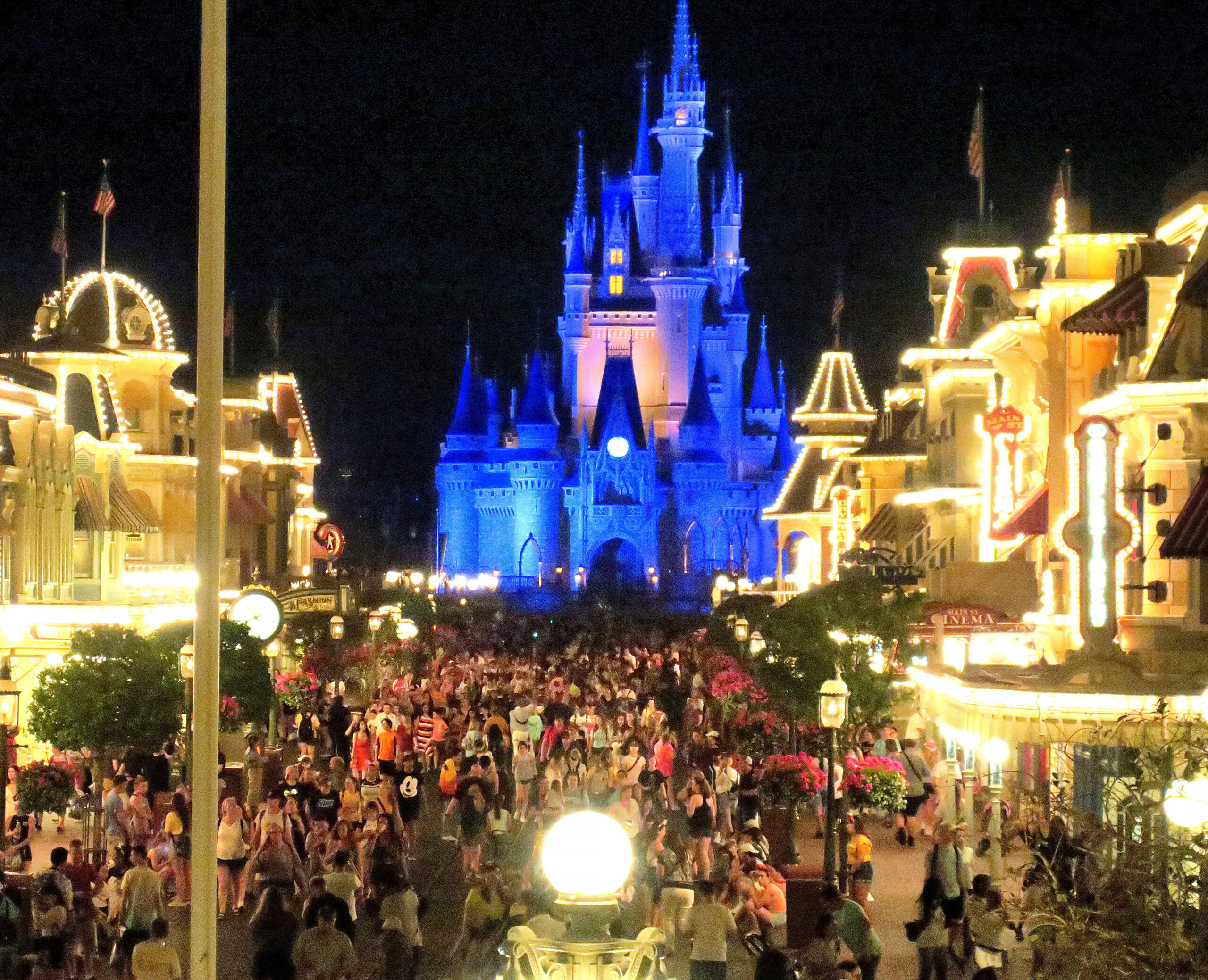 Analyst Predicts Disney World, Disneyland Won'T Reopen This Year