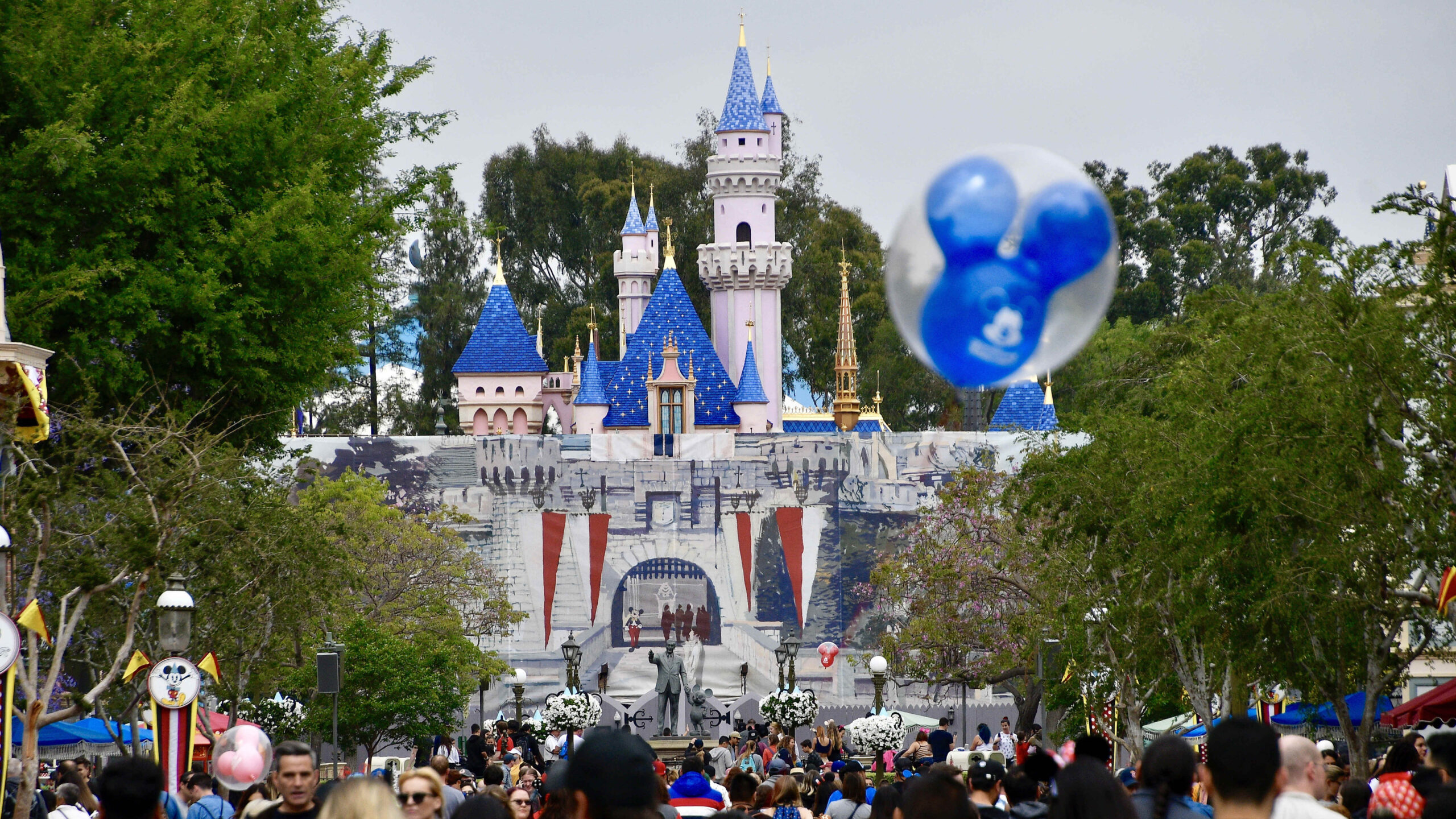 List Of Rides At Disneyland 2021