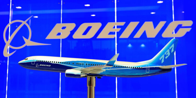 """Boeing 777X Will """"Realistically"""" Not Receive Certification"""